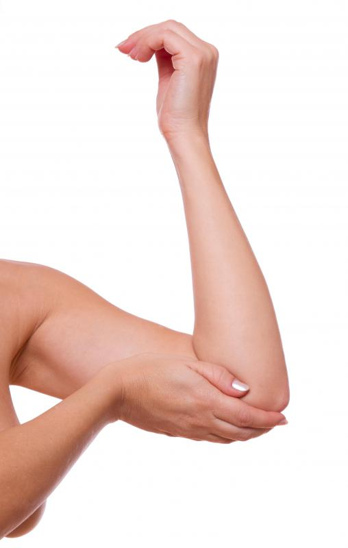 Dry skin accompanied by severe redness on the elbow may be signs of an allergy.