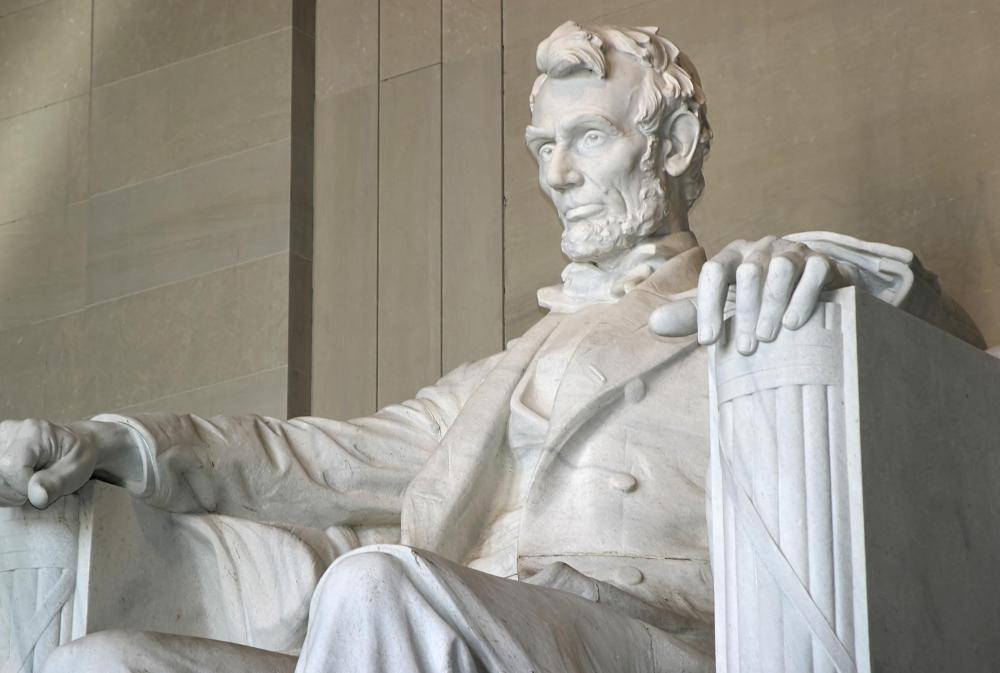 Abraham Lincoln's Emancipation Proclamation led to the 13th Amendment.