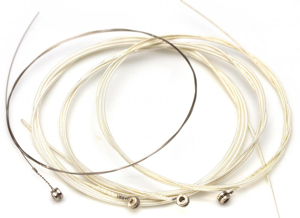 What Should I Know About Acoustic Guitar Strings