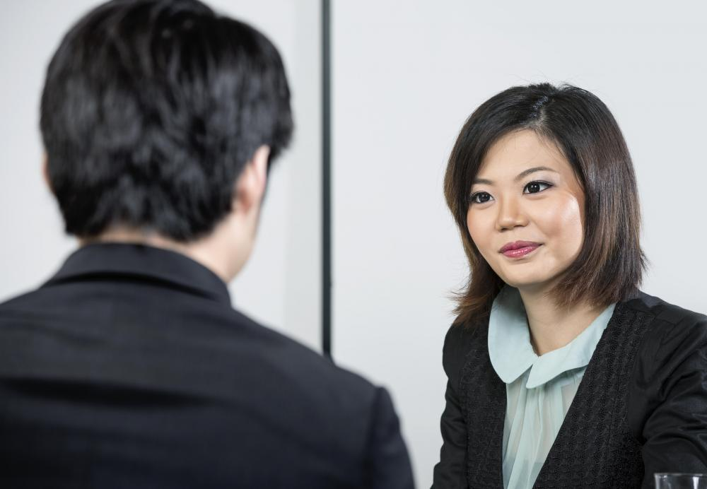The best interview questions for employers to ask will help illuminate the character of the interviewee, while allowing the employer to look for potential red flags.