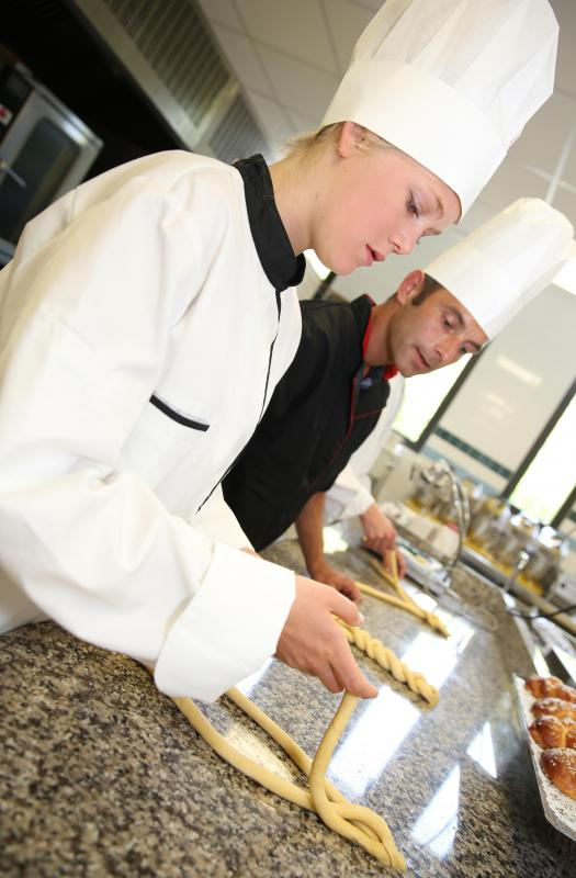 An aspiring pastry chef should achieve a culinary arts degree.