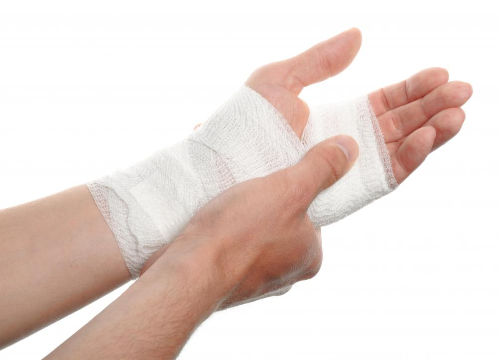 A tight compression bandage can be used to immobilize the wrist joint.