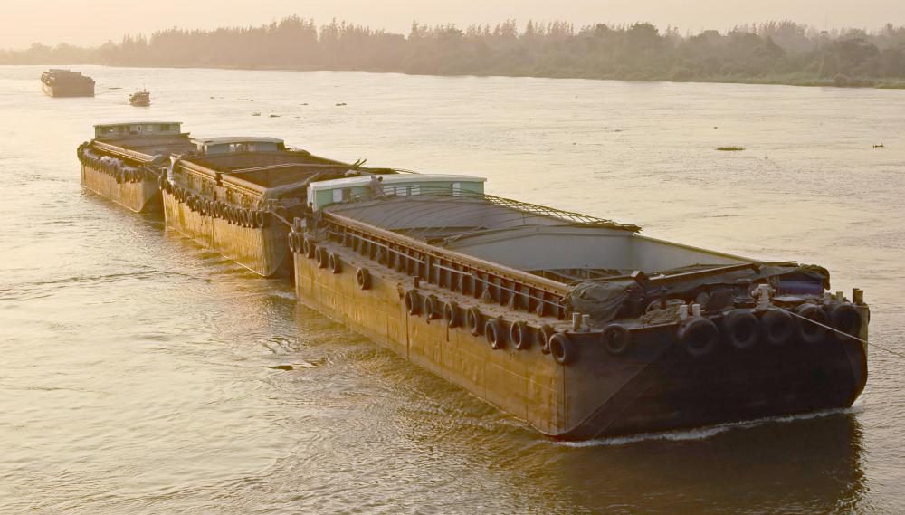 Hopper barges are primarily used on lakes and rivers.