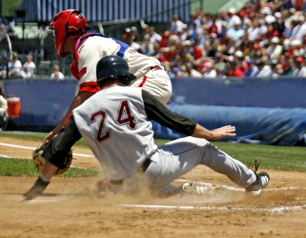 Baseball players may benefit from dynamic stretching.