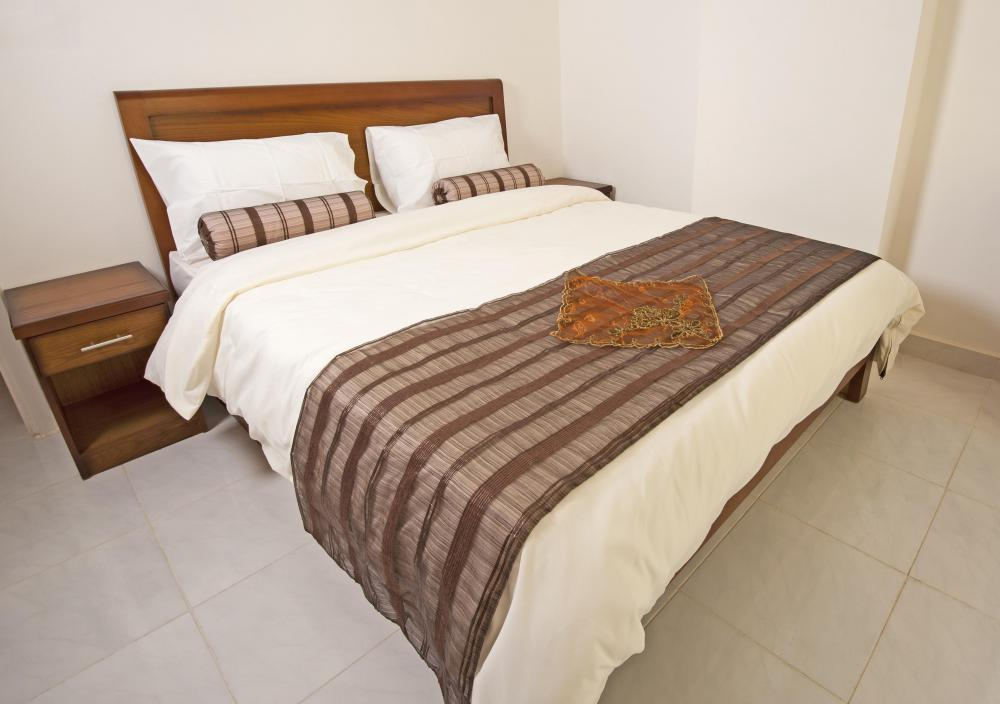 What Is The Difference Between A Comforter And Bedspread
