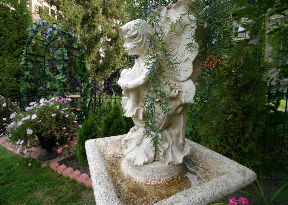 What should i consider when buying a birdbath with pictures