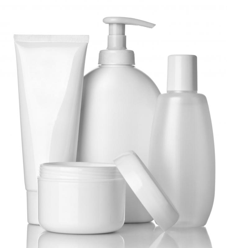 The thousands of readily available options can make choosing a moisturizing lotion seem like a tough task.