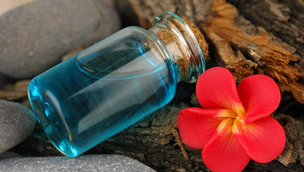 Products like azulene oil are natural, but still can cause irritation for some users.