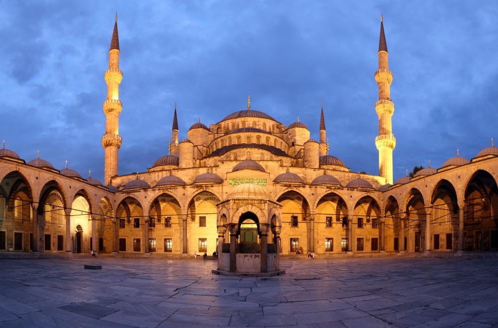 Turkey's Blue Mosque illustrates the link between theology and Islamic art.