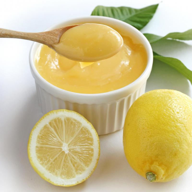 Lemon curd, which is sometimes used to fill meringue roulade.