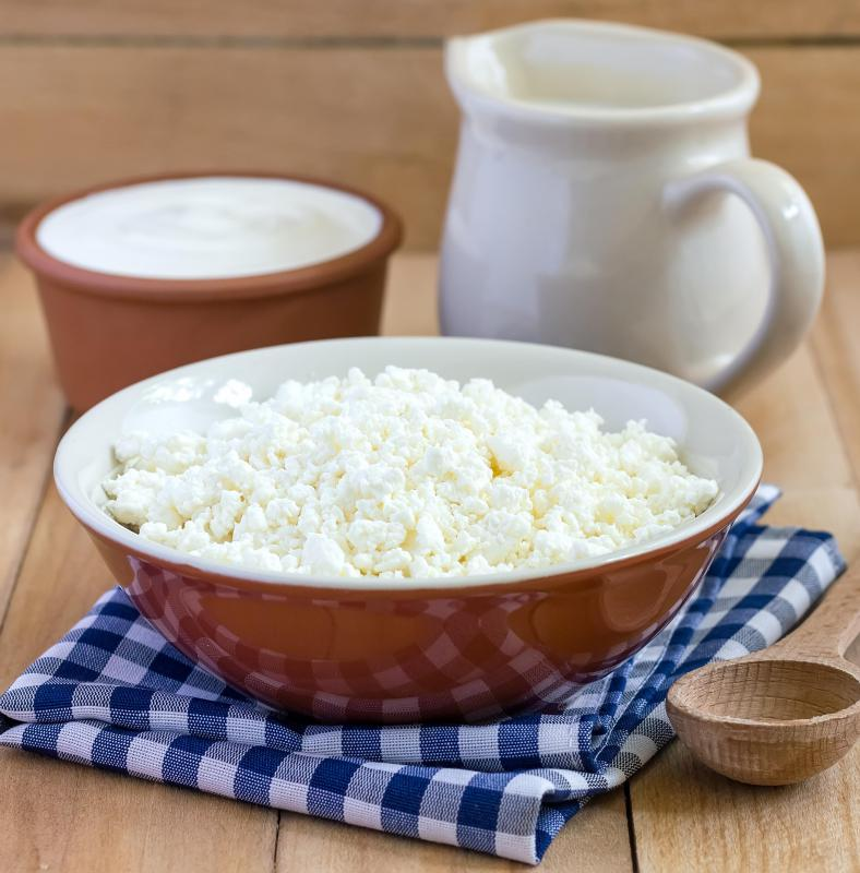 Cottage cheese and many other dairy products are naturally rich in calcium.