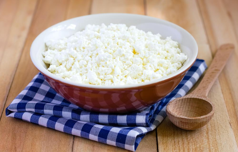 Cottage cheese is low in calories but high in protein.