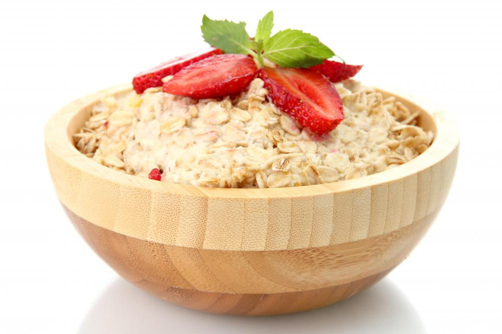 Oatmeal is low in cholesterol.