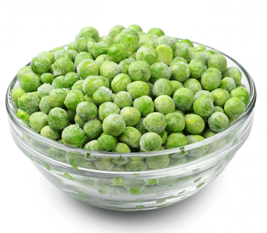 Whole or sliced green peas can be added to pork stir-fry.
