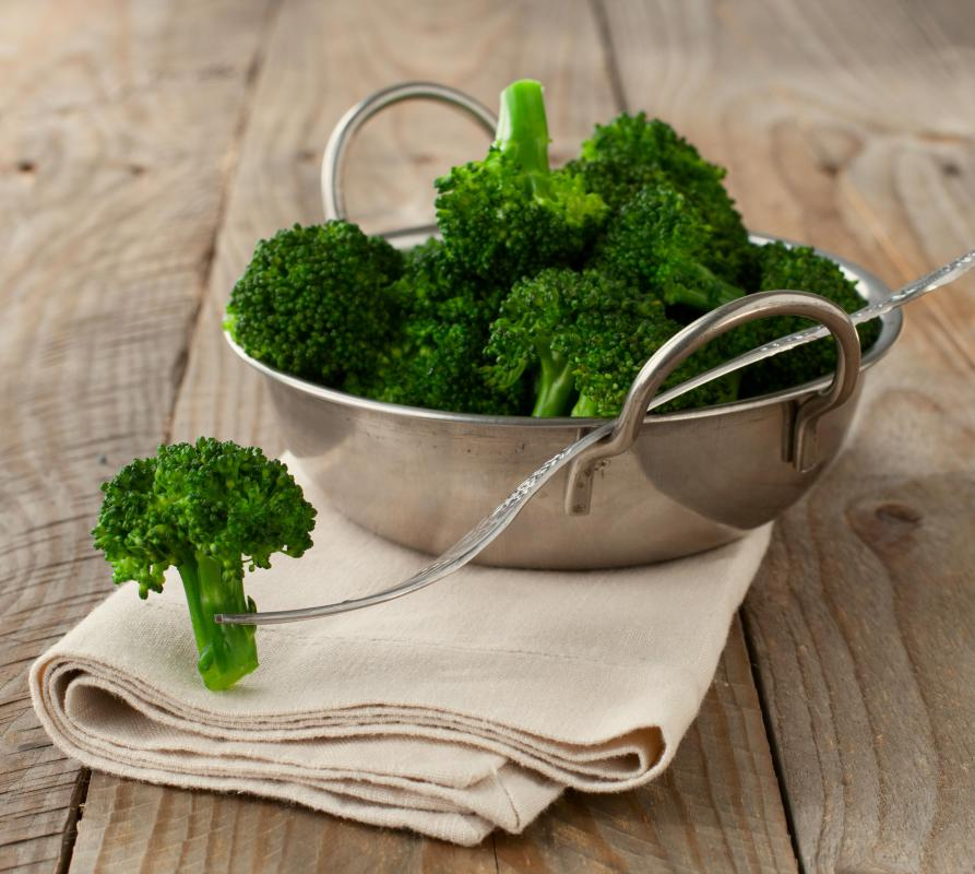 To make a beef and broccoli stir-fry, look for bright green broccoli with small, unopened florets and no yellow discoloration.