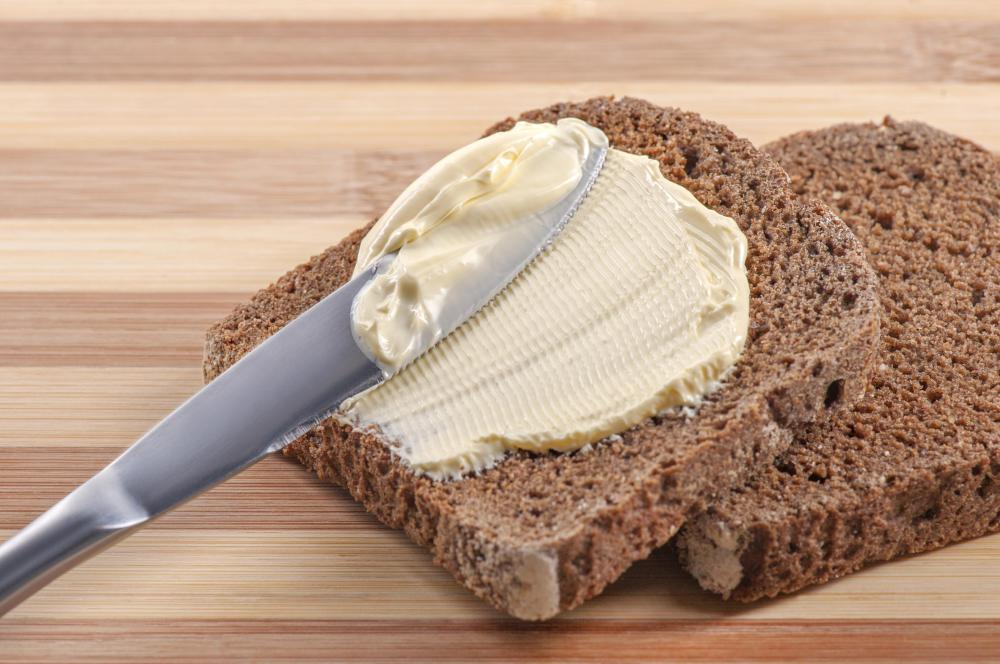 Whole grain rye bread uses the entire raw rye grain seed.