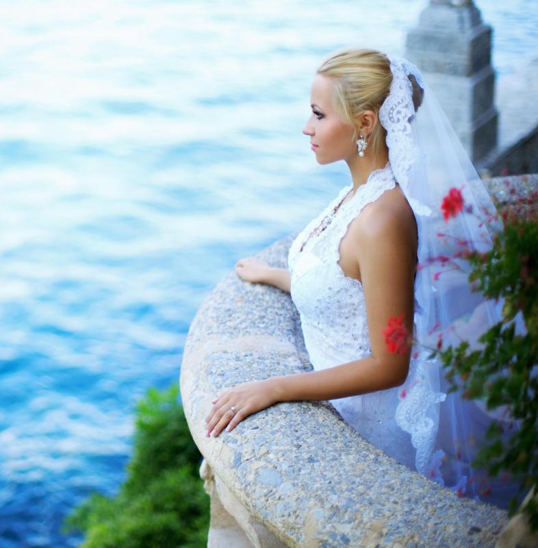 What are the different types of artistic wedding photography for Types of wedding photography