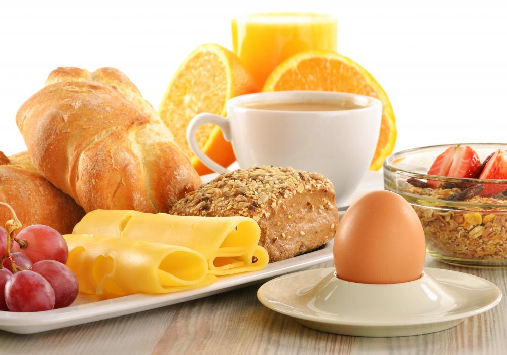 An industry analysis might look at hotel extras, such as complimentary breakfast.