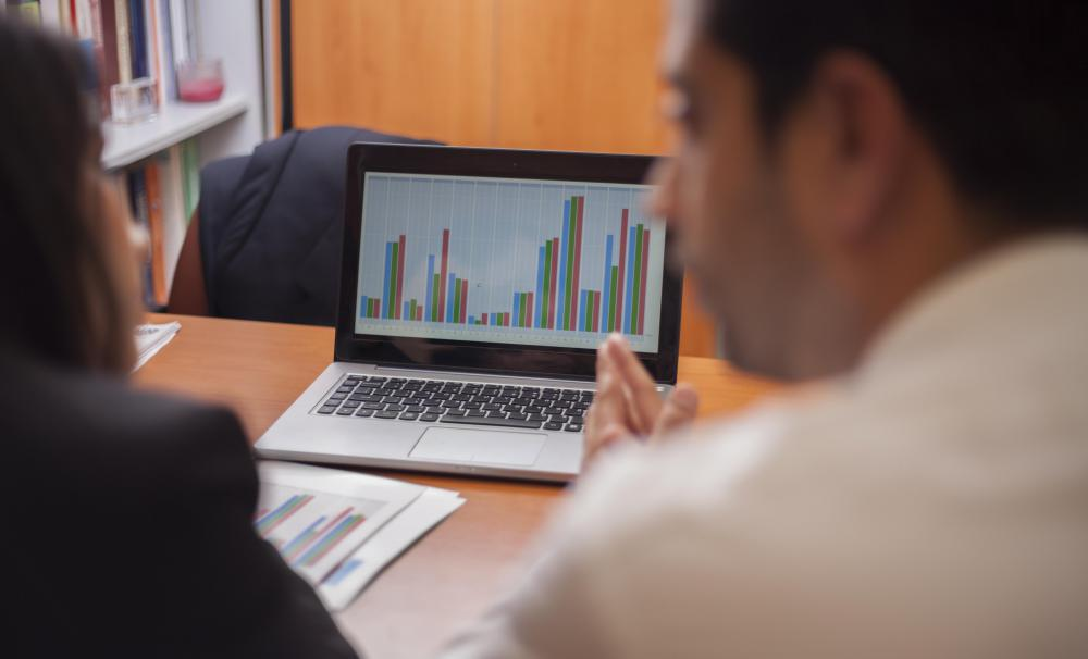 Professionals who use business intelligence may use charts and graphs to illustrate data.