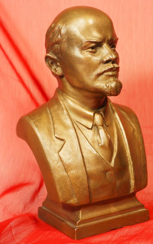 Journalist John Reed reported first-hand on the Russian revolution led by Vladimir Lenin.