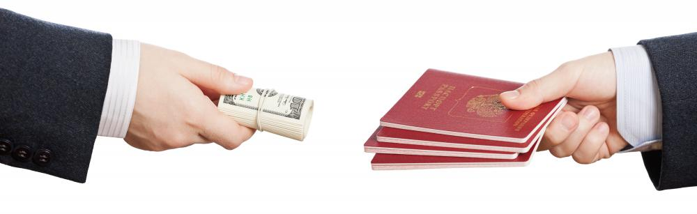 Scam passport services usually offer very low or very high prices for child passports.