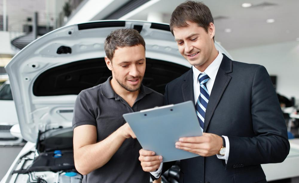 How To Become A Service Manager At A Car Dealership