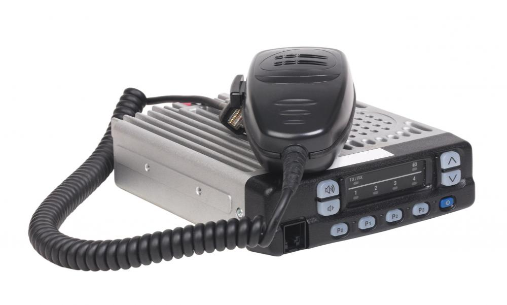 How do i choose the best portable cb radio with picture since cb radios are often used during emergencies consumers should consider buying examples that can run off of batteries or come with adapters sciox Gallery