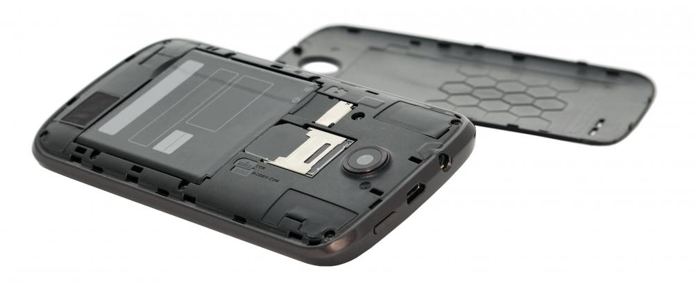 After removing the cell phone from water, it is important to disassemble the cell phone so that all parts can dry separately.
