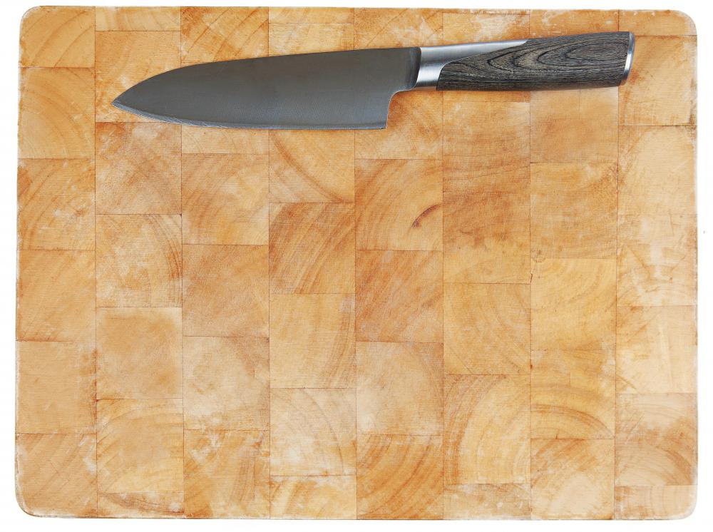 A cutting board and a large chopping knife are necessary tools for making matchstick pieces.