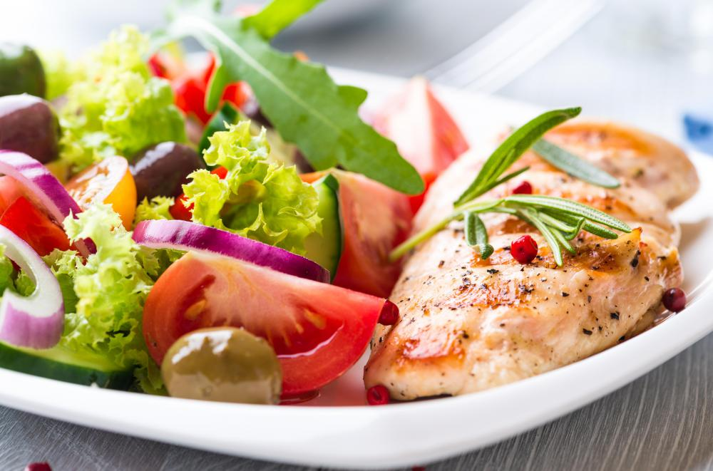 Eating small, healthy meals throughout the day can keep blood sugar levels steady.