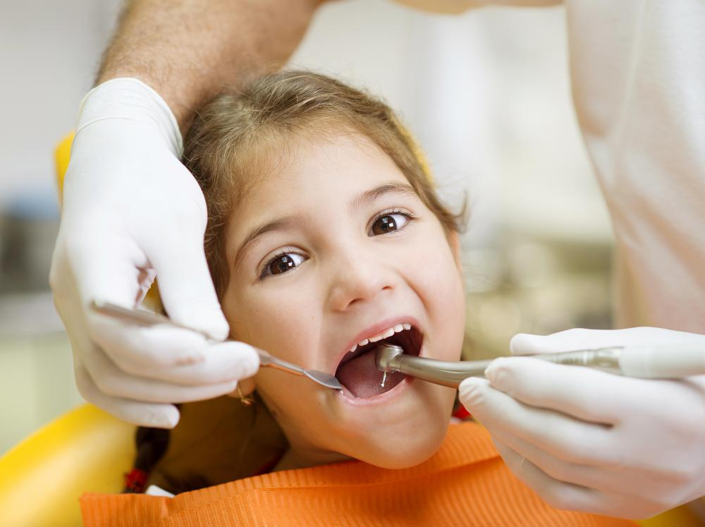 Tooth splinting may help keep loose teeth intact.