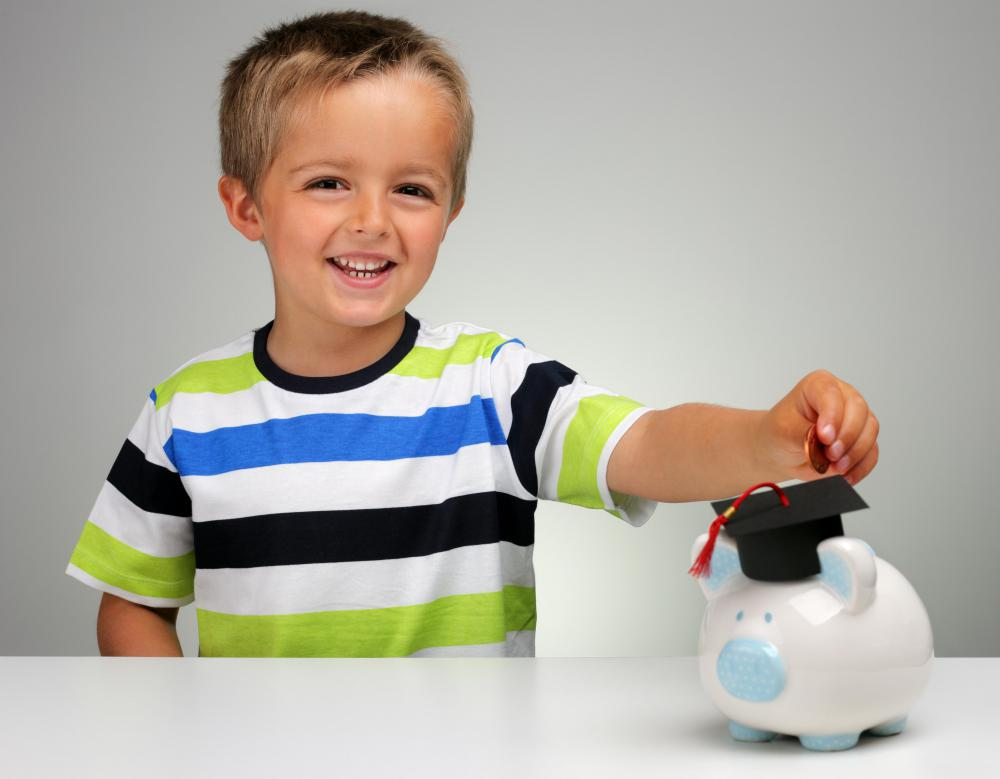 What are the advantages of a piggy bank for kids for Piggy bank for toddlers