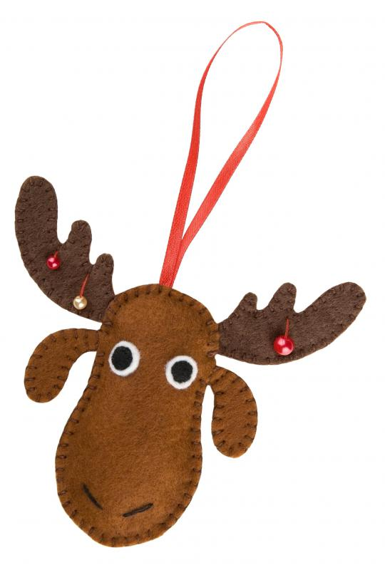 felt and ribbons can be used to make homemade soft ornaments during the holiday season