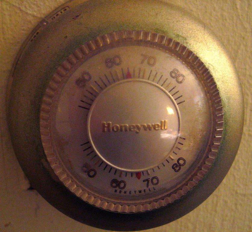 classic round honeywell thermostat