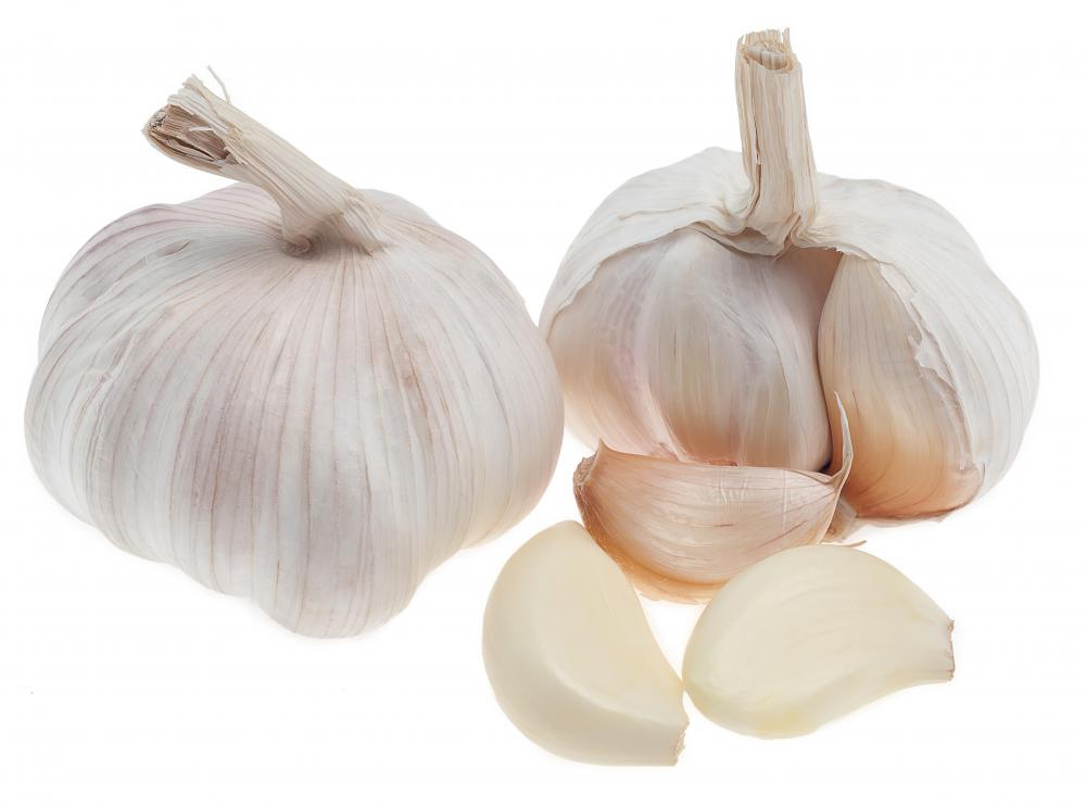 Garlic may be featured in sirloin steak marinade.