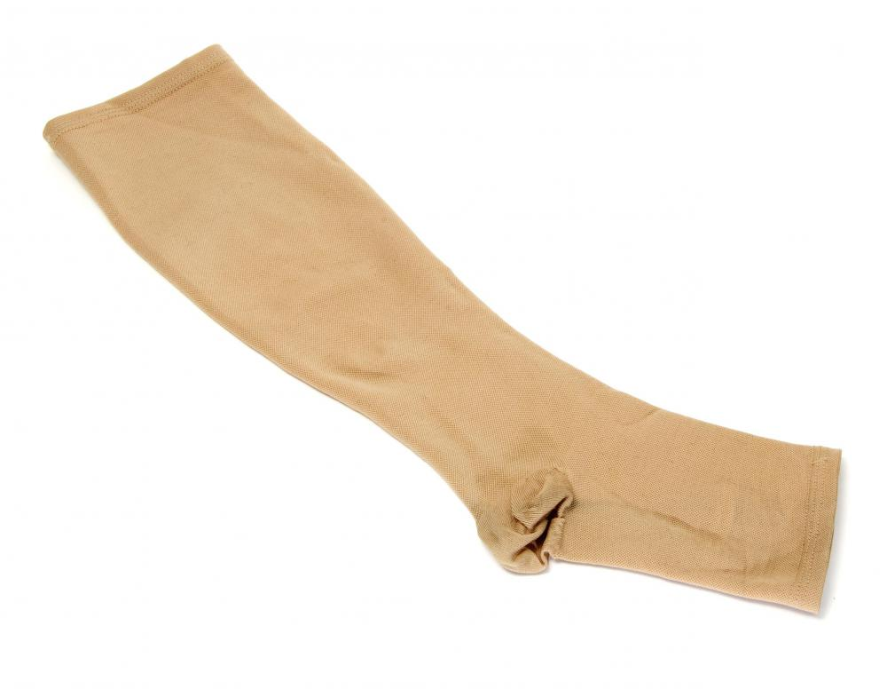 Compression socks can help relieve swelling in the feet.