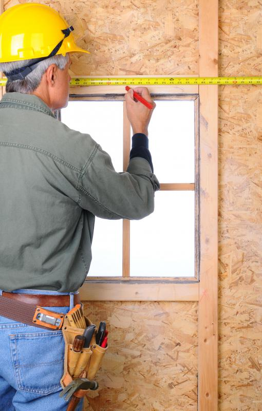 Plywood is one of the materials that can be used as wall formwork.
