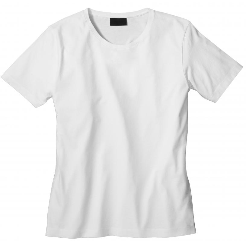 A fitted T-shirt can be a good choice of clothing to wear while practicing yoga.