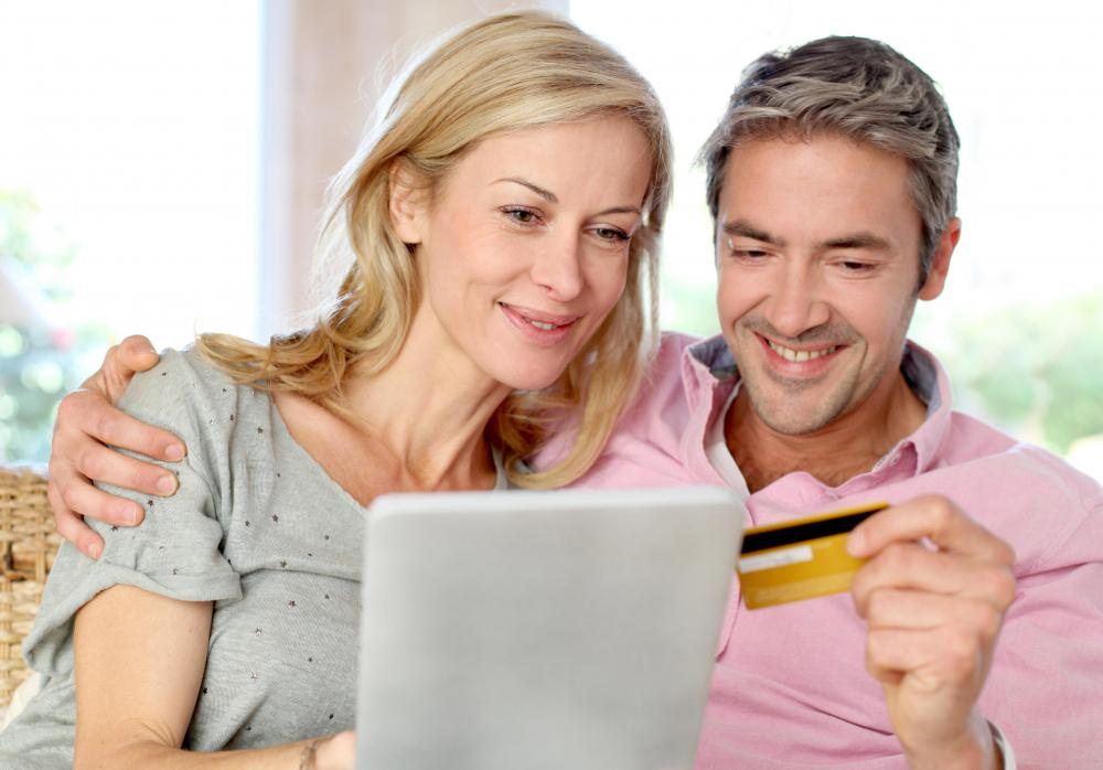 Immediate acceptance of payment is one of the pros of making an online credit card payment.