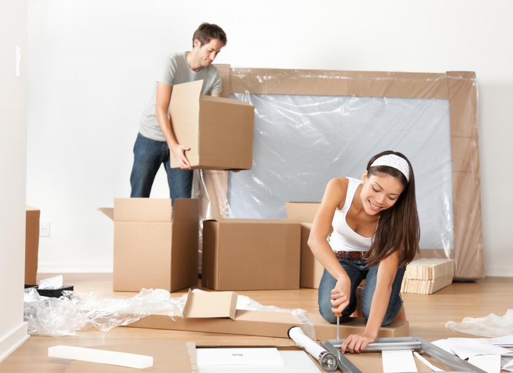 As the moving date approaches, people will be able to pack more and more things.