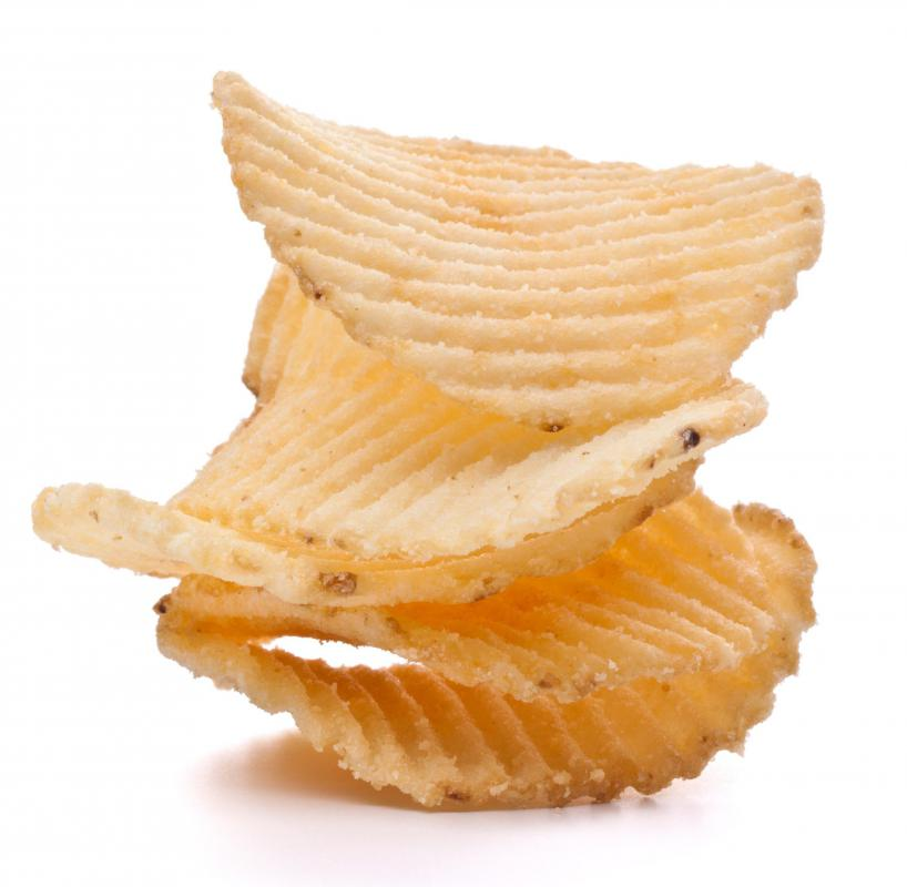 What are Potato Chips? (with pictures)