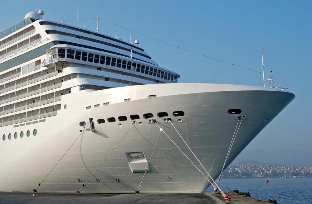 What Is A Cruise Ship With Pictures - What are cruise ships