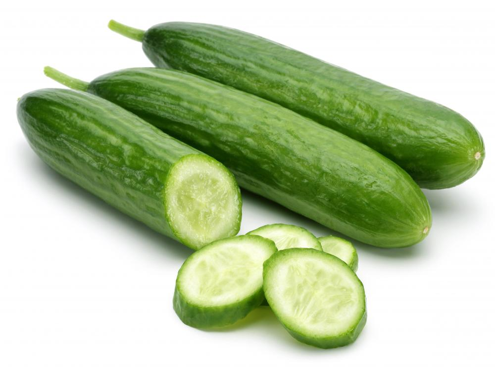 Before making cucumber dishes, wash the vegetable of wax, dirt and other contaminants.