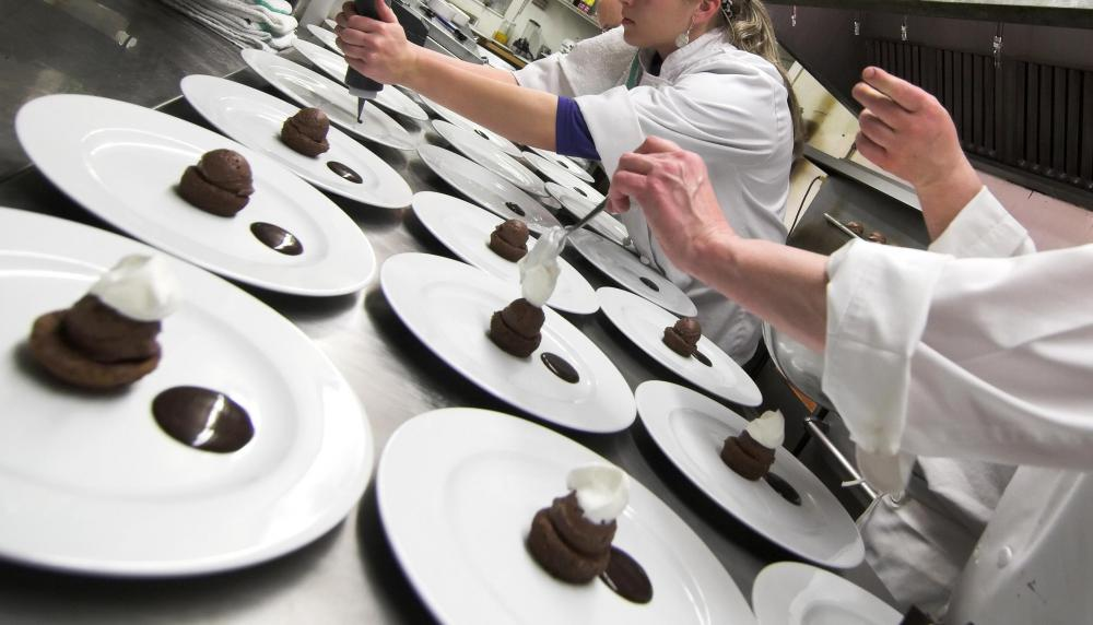 Chocolate makers create the products that chocolatiers to create confections.