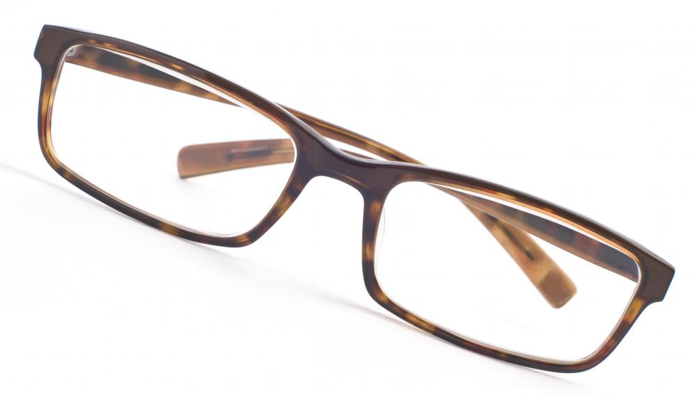 eyeglasses with rectangular frames