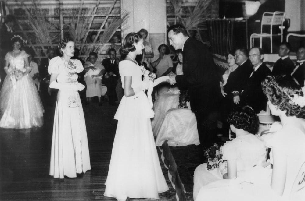 Traditionally, men have worn white tie apparel to formal events such as debutante balls. have.