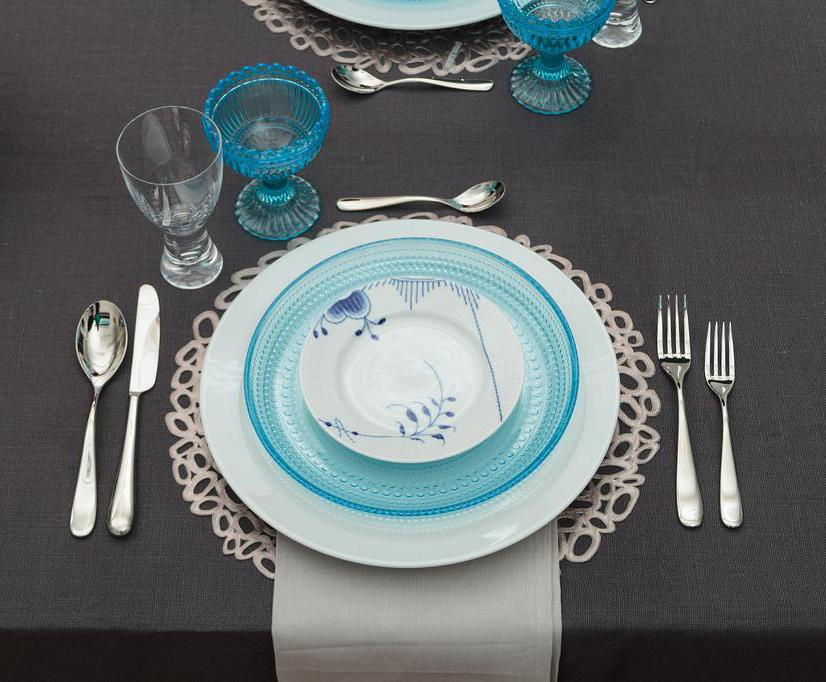 What is Table Setting Etiquette? (with pictures)