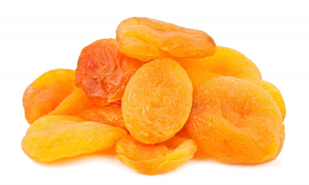Dried apricots and other types of preserved fruit may be part of a gift basket.