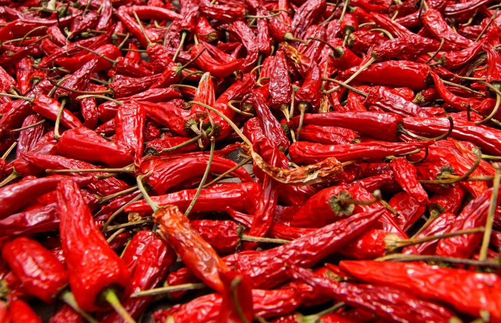Dried cayenne peppers.