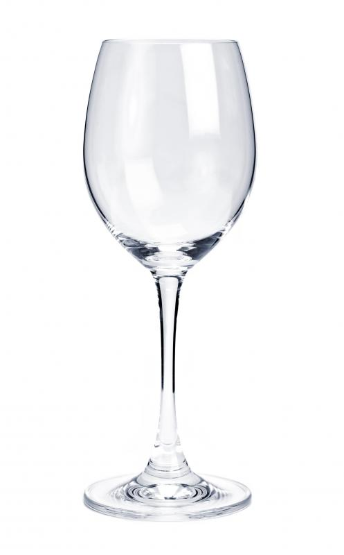 A thin wine glass may break when used for toasting.